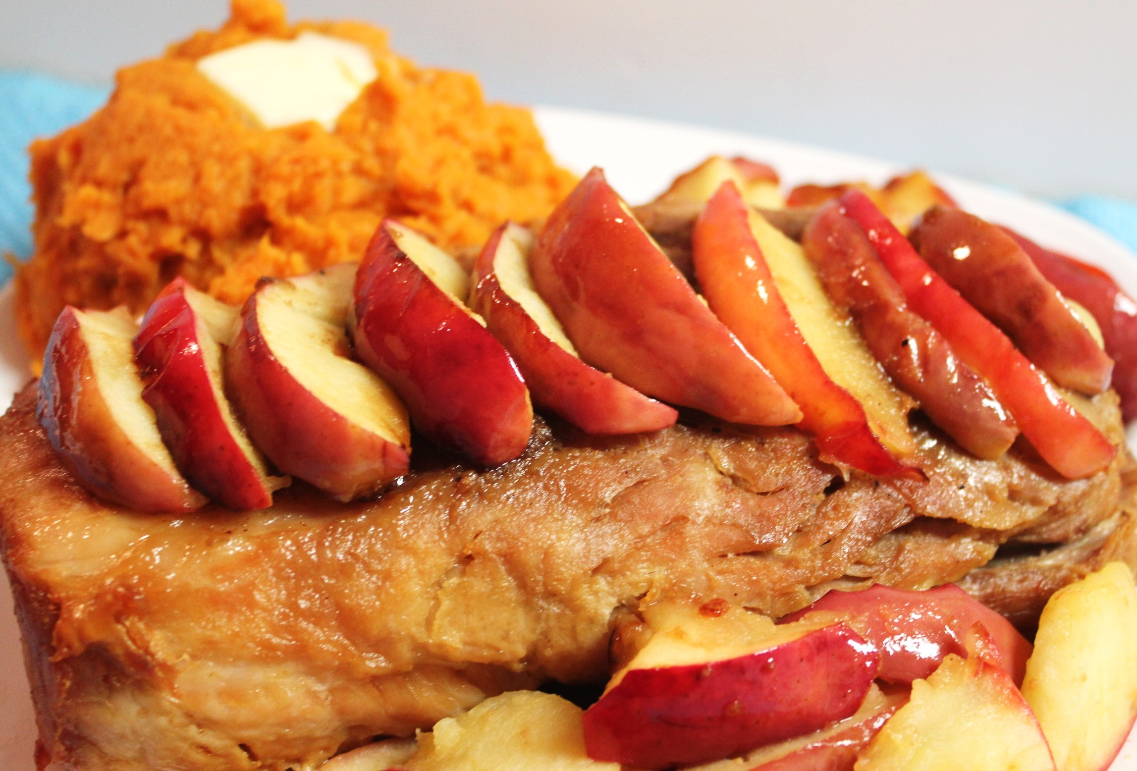 Pork roast, sweet potatoes and fried apples