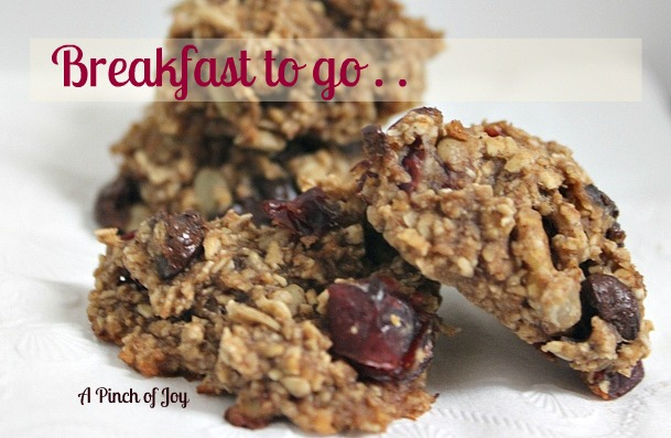 Oatmeal and fruit baked breakfast A Pinch of Joy