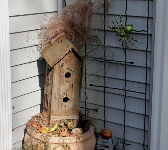 Spooky bird house for Halloween