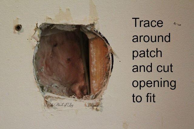 Cut opening to fit draywall patch