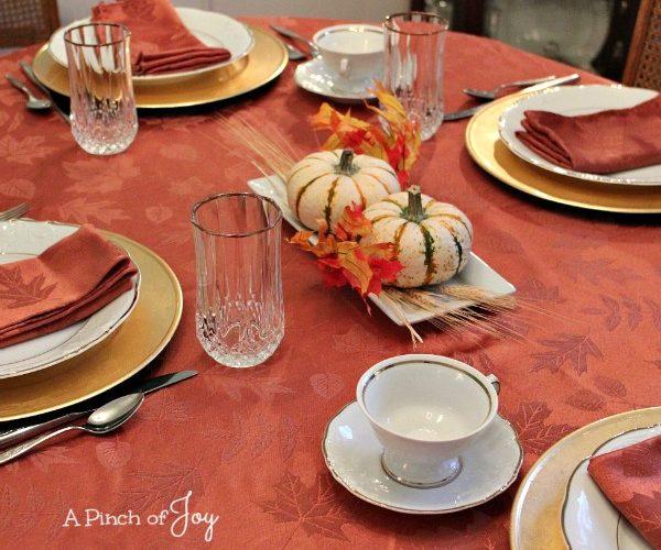 Thanksgiving Tablesetting