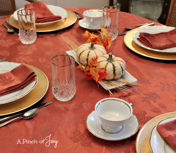 6Tablesetting