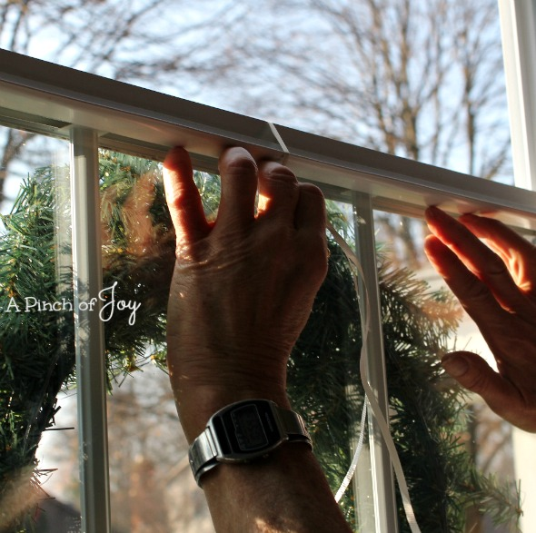Hang A Wreath4 - A Pinch of Joy