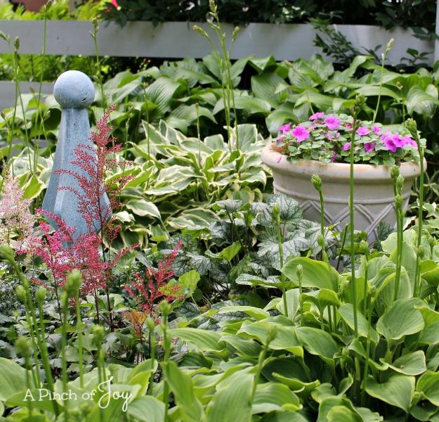 3Corner garden -- A Pinch of Joy