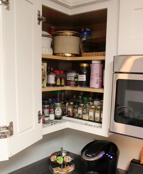 6Corner cabinet