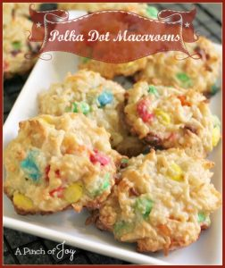 Polka Dot Macaroons -- A Pinch of Joy