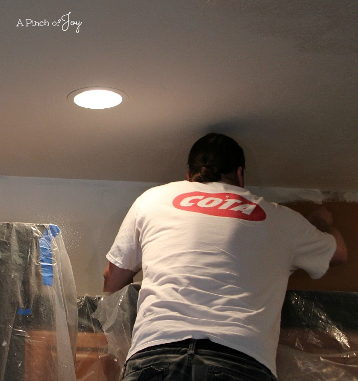 Kitchen - cutting in above cupboards