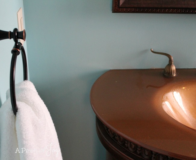 5Guest Bath