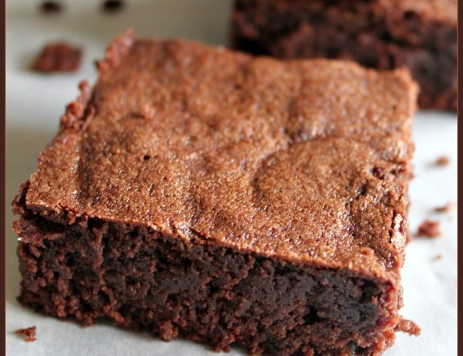 Classic Naked Brownie