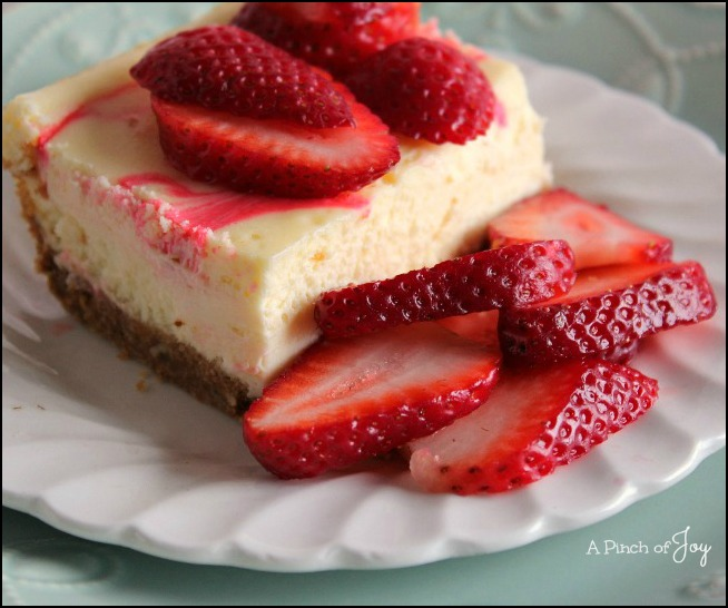 Strawberry Swirl Cheesecake --A Pinch of Joy
