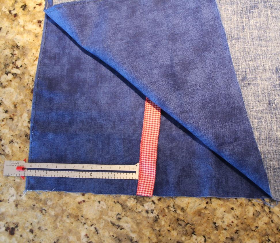 Placing the tie
